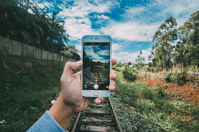 Smartfon dla biznesu Samsung Galaxy S10 dzięki zaawansowanym aparatom, pozwoli Ci wykonywać profesjonalne zdjęcia