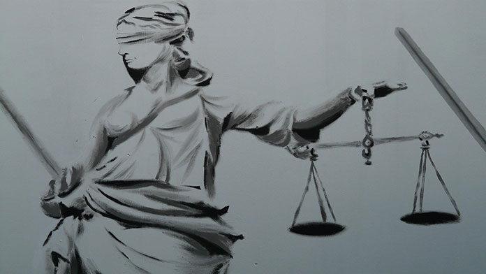 Jak w przystępny sposób skorzystać z pomocy prawnej?